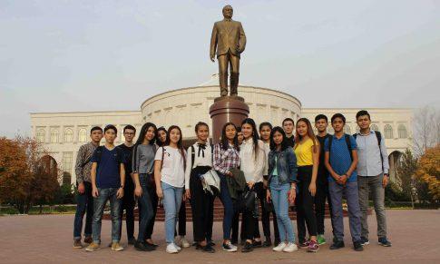 Учащихся нашего центра посетили Мемориальный комплекс Ислама Каримова