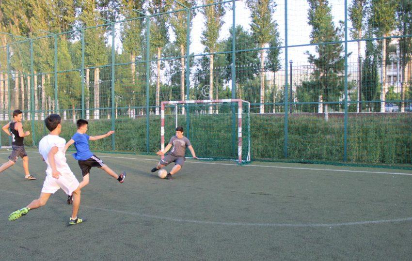 futbol-match-v-tashkente-realscience-uchebniy-sentr-v-tashkente-04