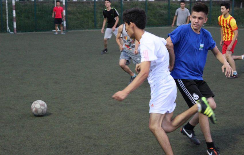 futbol-match-v-tashkente-realscience-uchebniy-sentr-v-tashkente-06